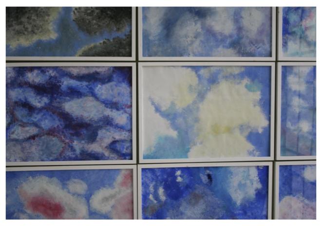 Klasse 8: Wolkenbilder (Acryl / Schwämme)